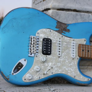 perloid-pickguard-aged