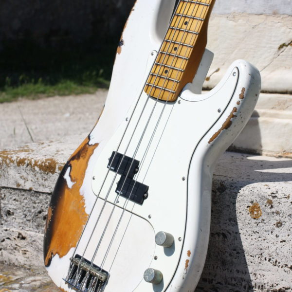 fender-precision-bass