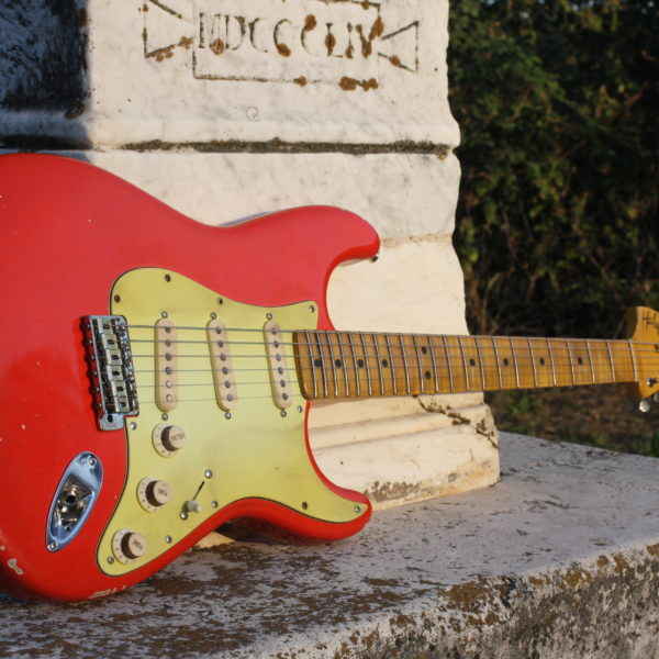 fender-fiesta-red