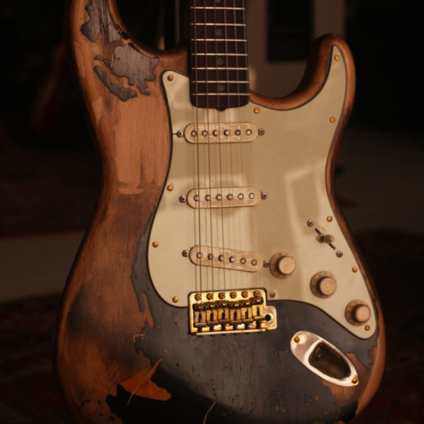 custom-guitars-relic